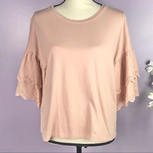 {Jessica Simpson} Size Large Layered Sleeve Top